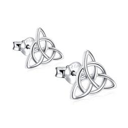 925 Sterling Silver Good Luck Irish Celtic Knot Triangle Vin