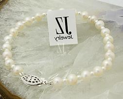 Freshwater Cultured Pearl Bracelet with Japanese pearl beads