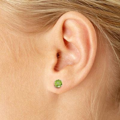 5 Natural Round Peridot Stud in White Gold