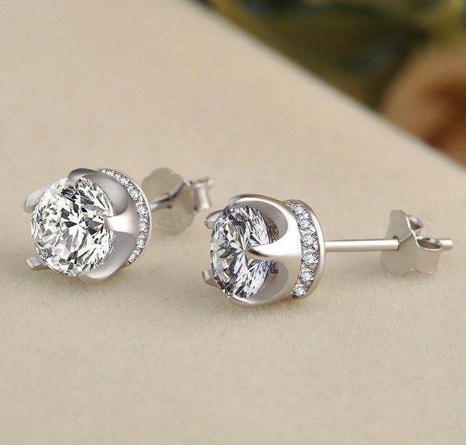 Women 925 STERLING SILVER STUD Queen Diamonique CZ Crown Ear